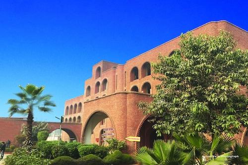 Magsons Resorts, Mathura