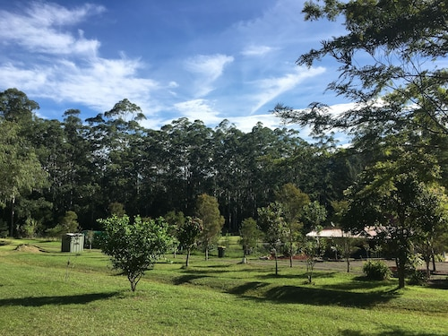 Arcadia Retreat, Lake Macquarie - West