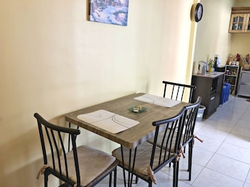 KALAYAAN TRANSIENT HOUSE In-Room Dining