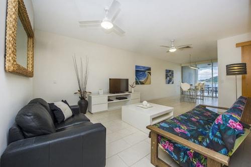 . 1 Bright Point Apartment 1405