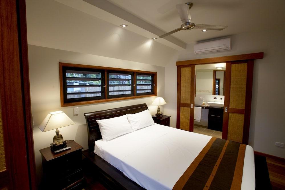 https://i.travelapi.com/hotels/24000000/23250000/23244000/23243910/85c14a44_z.jpg