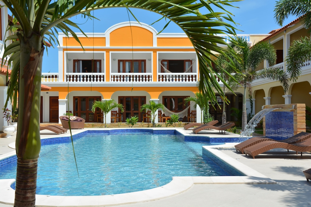 Hotel Villa Beija Flor, Featured Image