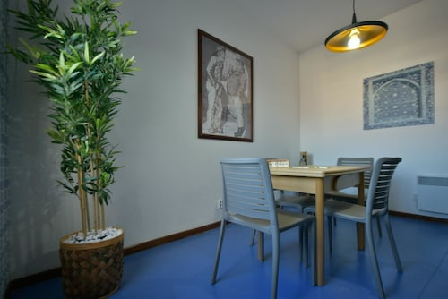 Studio in Porto, With Wonderful City View and Wifi - 9 km From the Bea, Porto