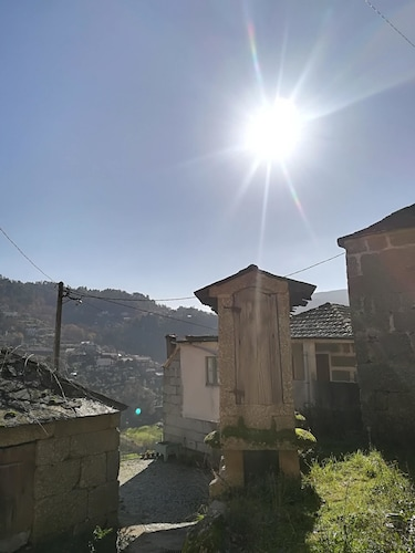 House With 3 Bedrooms in Ansiães, With Wonderful Mountain View, Furnis, Amarante