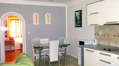 Apartment With 2 Bedrooms in Risan, With Wonderful Mountain View, Encl,