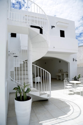 Apartment With 2 Bedrooms in Marina di Mancaversa, With Enclosed Garde, Lecce