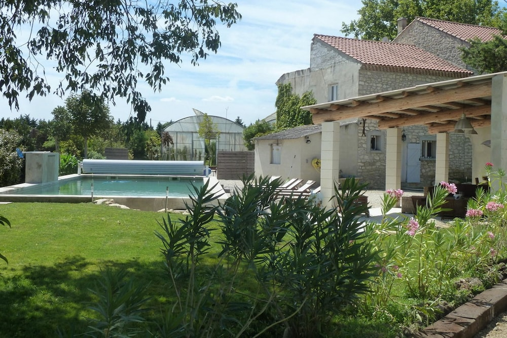 House With 6 Bedrooms in Pernes-les-fontaines, With Private Pool, Furnished Garden and Wifi