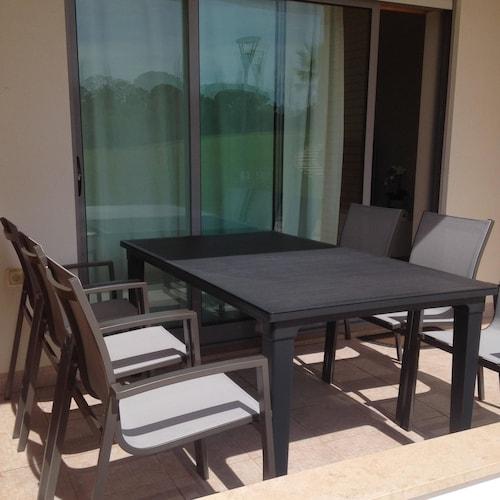 Studio in Albufeira, With Wonderful Mountain View, Pool Access, Enclos, Albufeira