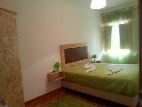 Apartment With 3 Bedrooms in Seia, With Wonderful City View and Terrac, Seia