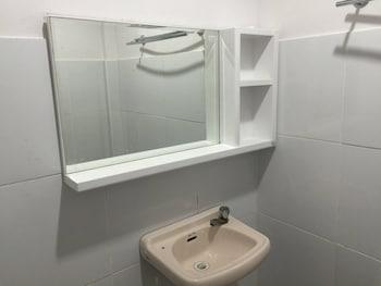 PRECIA VILLAVERT BEACH RESORT Bathroom Sink