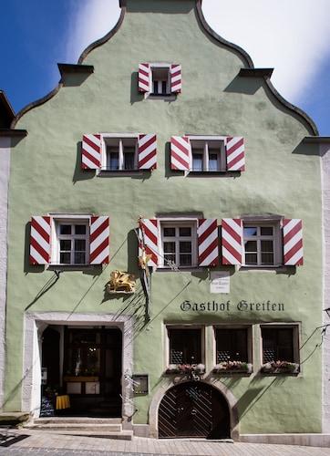 . Hotel-Gasthof Goldener Greifen