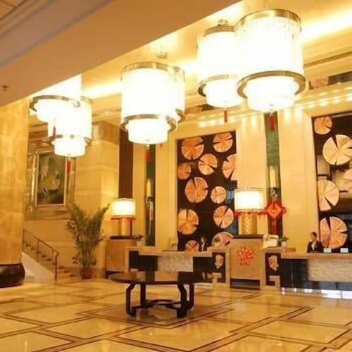 Fu Yi Hotel, Meishan