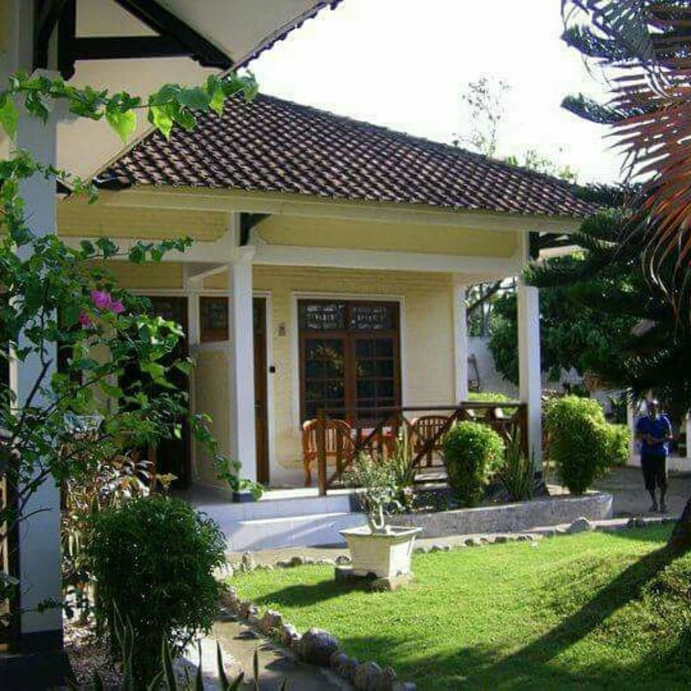 New Taman Sari Homestay and Restaurant