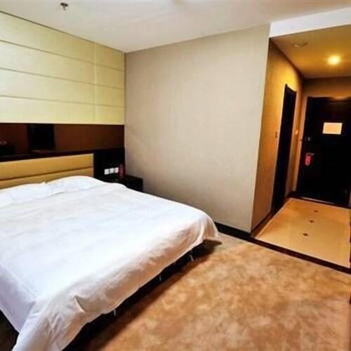 Hexing Hotel, Baishan