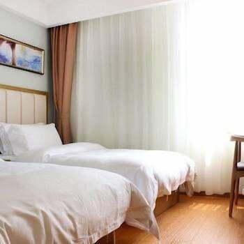 ナンバー 8 ホテル チェーン (八号连锁酒店)
