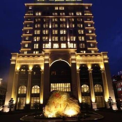 Jinhu Hotel, Liangshan Yi