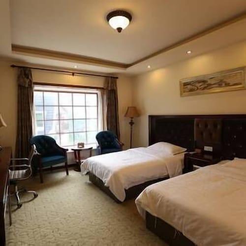 Qiliping Peninsula Hotel, Leshan