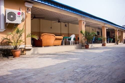 Castle City Resort & Suites Annex, Ibeju/Lekki