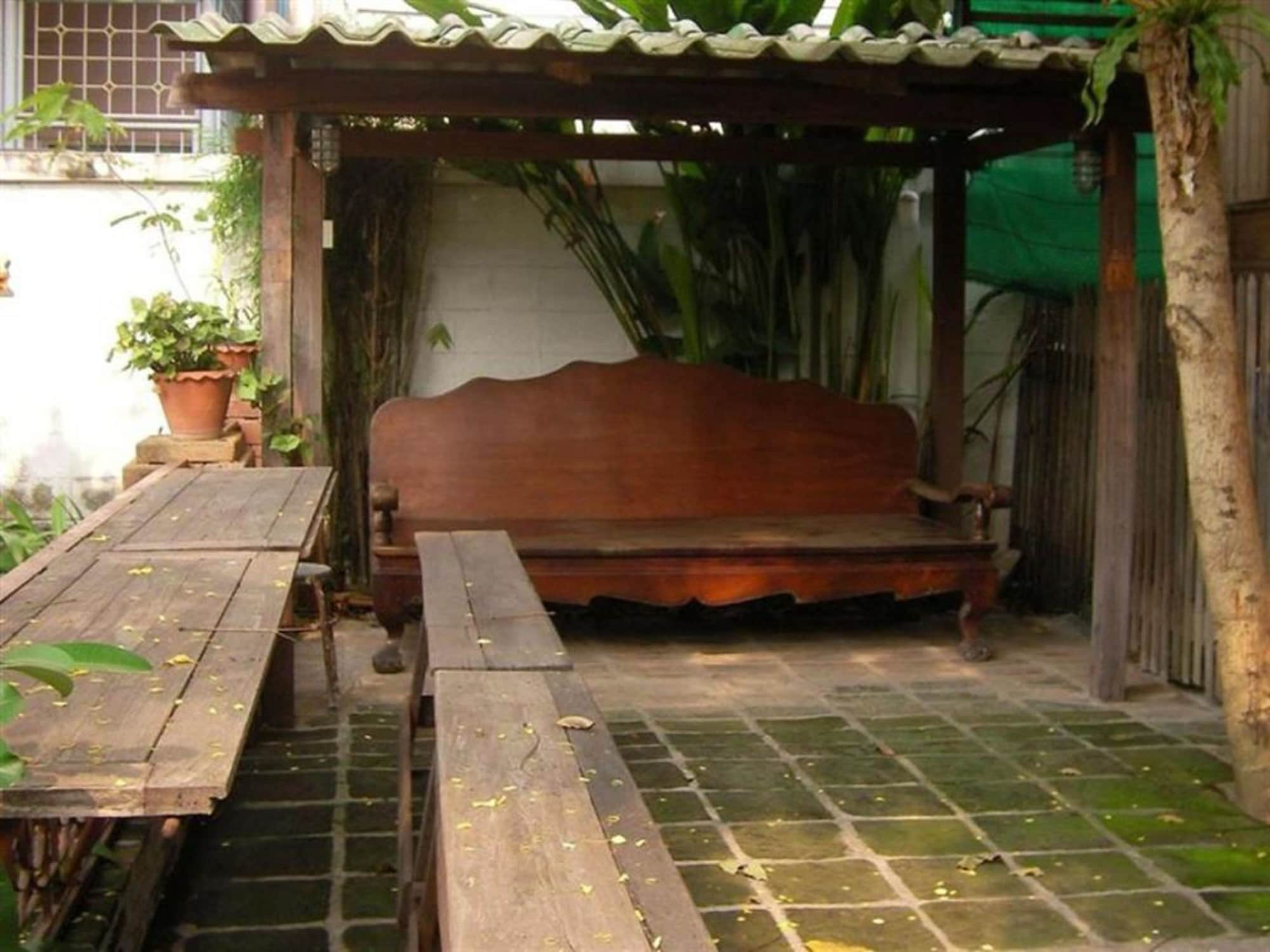 Ayutthaya Place, Phra Nakhon Si Ayutthaya