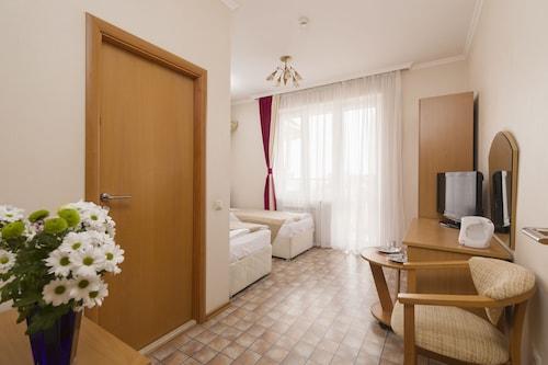 Elle Hotel, Sochi gorsovet