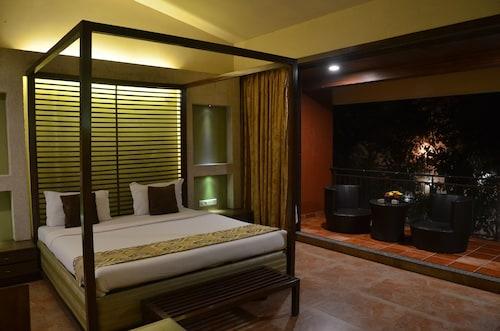 Zaras Resort, Raigarh