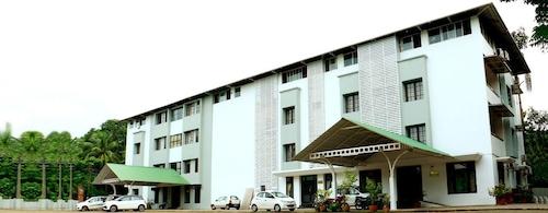. Hotel Soorya Regency