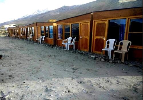 Pangong Lake View Cottages and Camps, Leh (Ladakh)