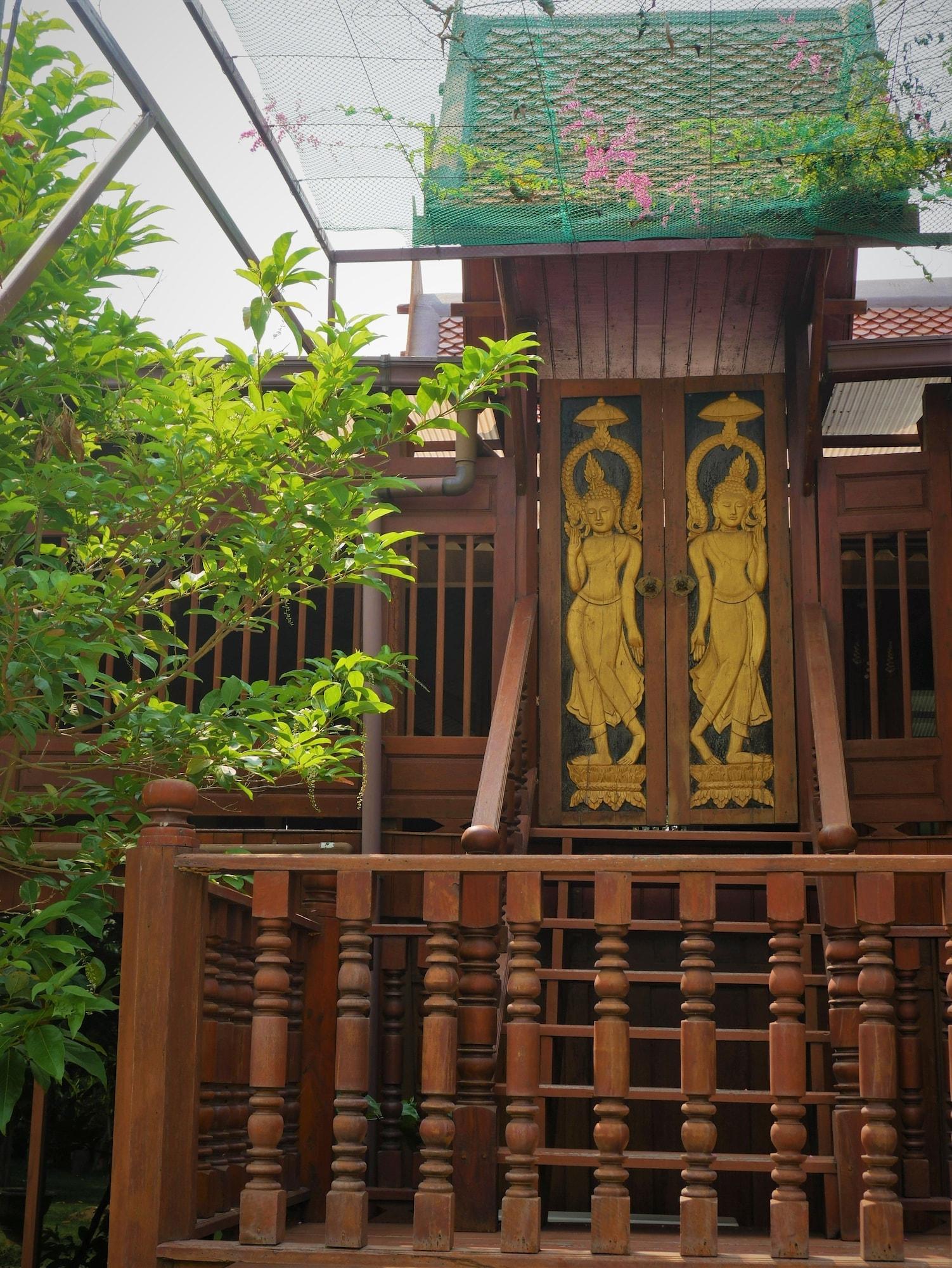 Ruenthai Jong Lux, Muang Phitsanulok