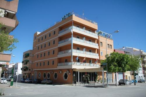 . Hotel Torrezaf