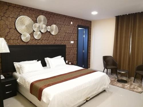 . Tanuf Residency Hotel