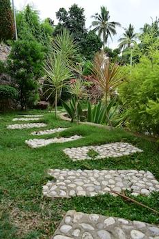 VILLA D' ARCO RESORT Terrace/Patio