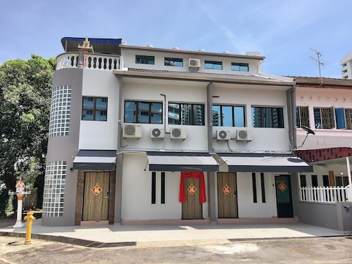 iBook 9 - Deluxe Family Suites, Pulau Penang