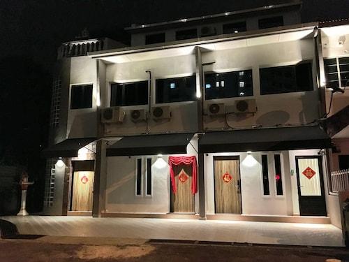iBook 10 - Deluxe Loft Suites Room, Pulau Penang