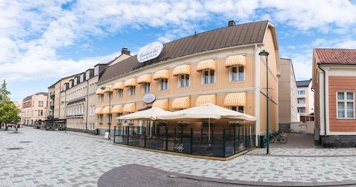 . Pietarsaaren Kaupunginhotelli