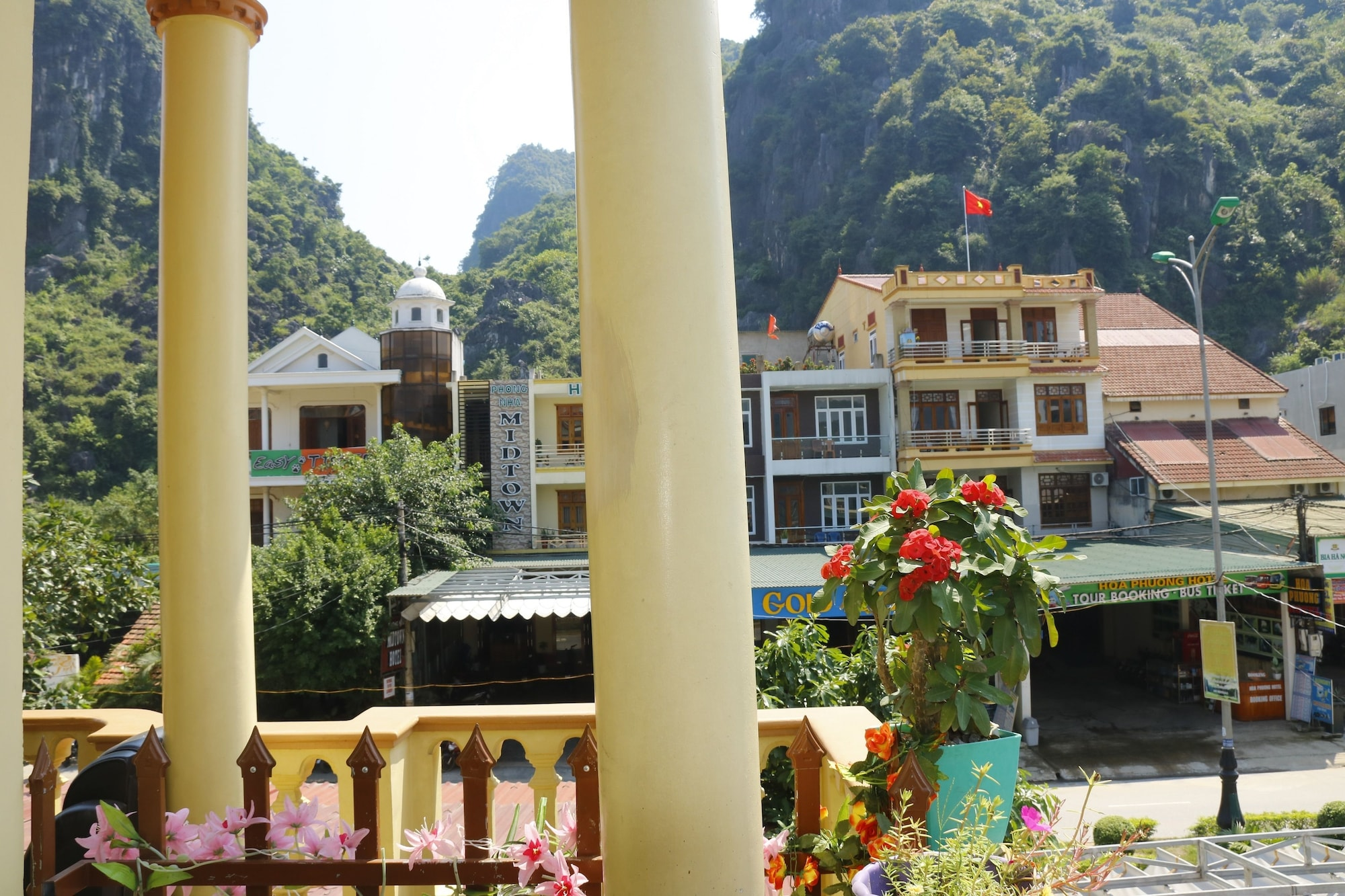 Thien Phu Hostel, Bố Trạch