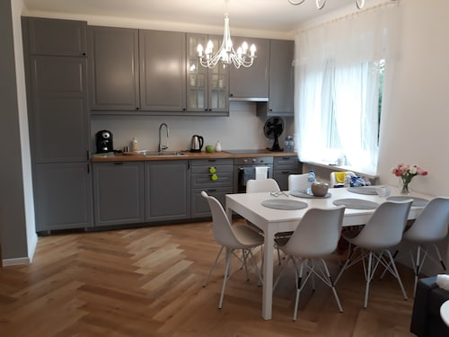 2 Bedroom City Center Apartment, Katowice City
