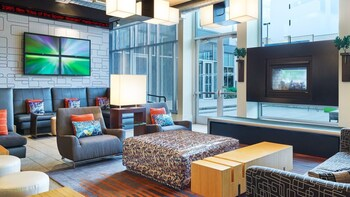 Lobby at Aloft Dallas Arlington Entertainment District in Arlington