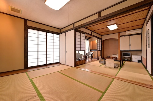 Mizuwake Minshuku Mura, Kokonoe