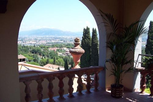 Villa Le Farnete, Prato
