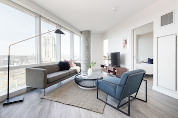 Panoramic 1BR in Fenway by Sonder photo
