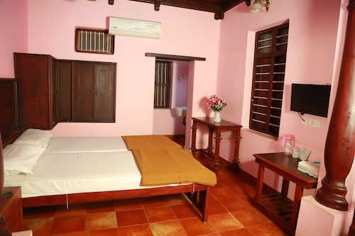 Gurukripa Heritage, Thrissur