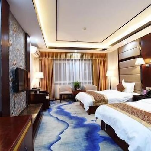 Fengqing Hotel, Nyingtri