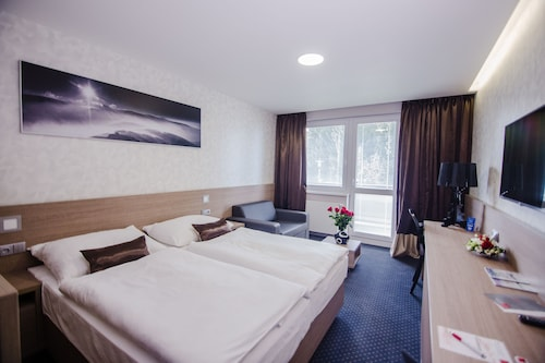 . Hotel Jezerka