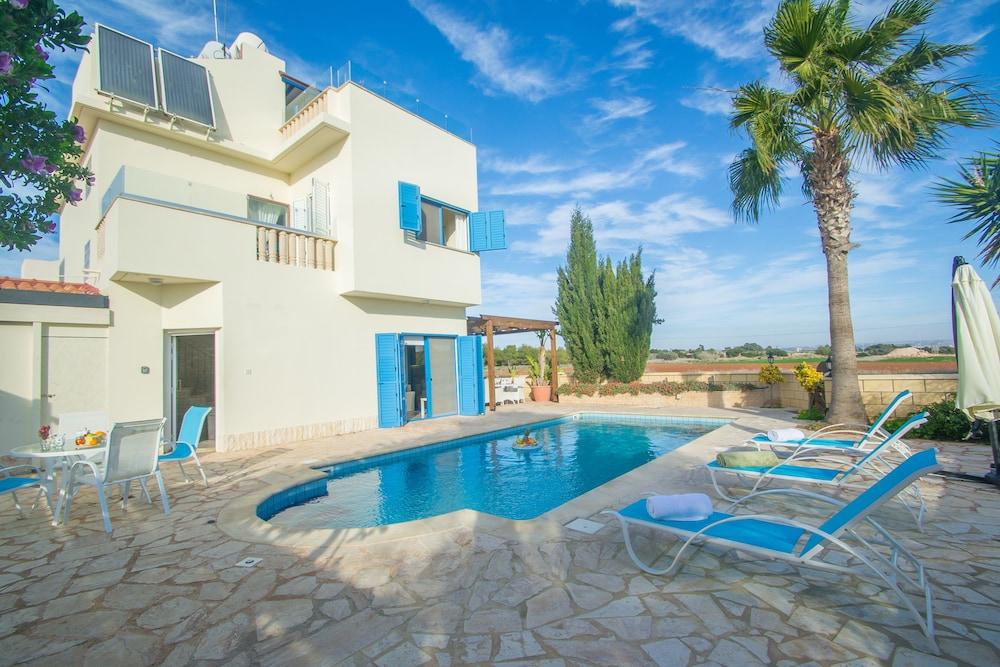Marina Blue Villa