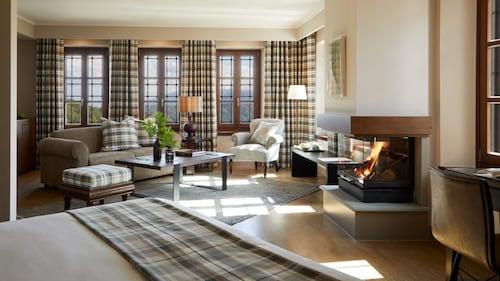 . MountGrace Suites & Spa