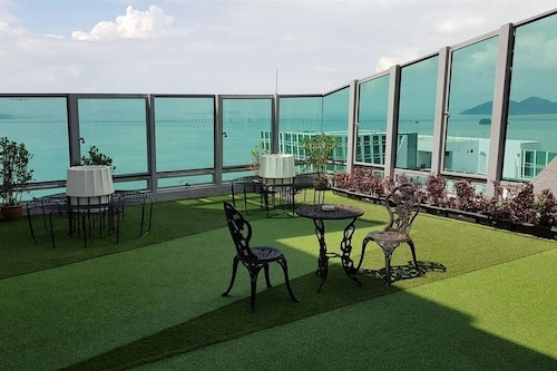 Seafront Duplex Suite at Georgetown, Pulau Penang