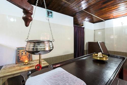 The Royal Heritage Hotel, Thiruvananthapuram