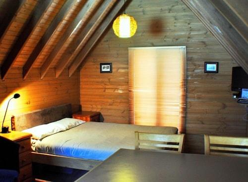 Loft, Alpine - East