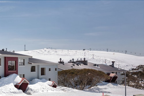 Lawlers 25, Mount Hotham Alpine Resort
