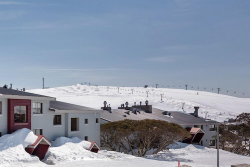 Lawlers 34, Mount Hotham Alpine Resort